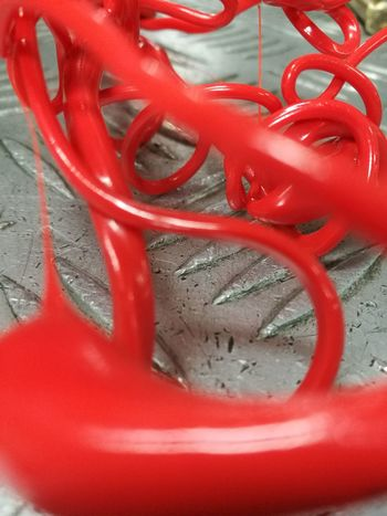 Oil Pump Red Metal Industry Golf Club Close-up Plastic Environment - LIMEX IMAGINE