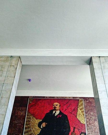 Воздушным шаром можно кого хочешь утешить ☺🎈 владимирильич вычтотопотеряли Myhoodisgood Vpeterburge My_love_spb