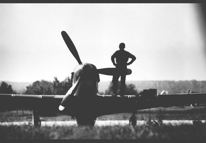 Stand Out From The Crowd Aviators Aviation Blackandwhite Photography Black & White Monochrome EyeEm Bnw EyeEmRussianTeam Eyeemmonochrome Everyday Joy
