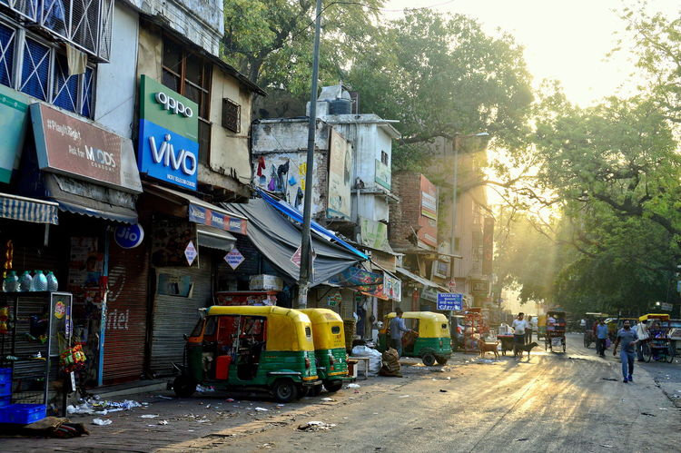 Autorikshaw Delhi India Life Wake Up Time City Day Early Morning Main Bazaar Street Sun Rays