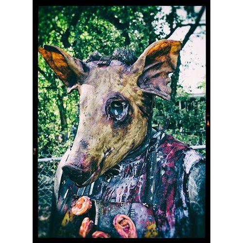 SUPRISE! YOU'RE DEAD! Cosplayer Hauntedattraction Haunters BLOODY Halloween Halloweencostume Deathmetal Metalaf Brutal Fatality Putmyassonmkxl Mortalkombat Gore Gruesome Scaryaf Crazyscary Blood Metal Slipknot Darkart Specialeffects Makeupartist Spfx Spfxmakeup Spfxmakeupartist propmaking killer distortionsunlimited numetal