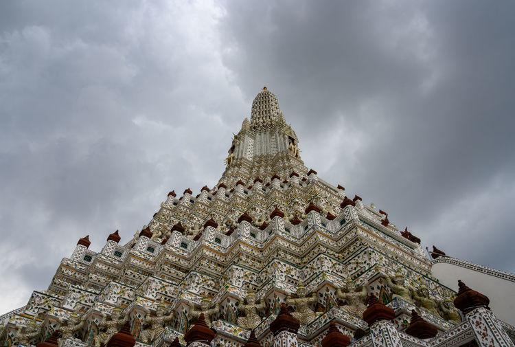 Wat arun ratchawararam in bangkok, thailand