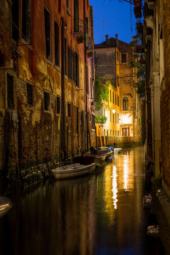 Canals in Venice Canal Grande Grand Canal Piazza San Marco Rialto Bridge Romantic Saint Mark's Square Venezia Venice, Italy Bridge Of Sighs Canal Gondola - Traditional Boat Gondolier Ponte Dei Sospiri Ponte Di Rialto Travel Destinations Venice