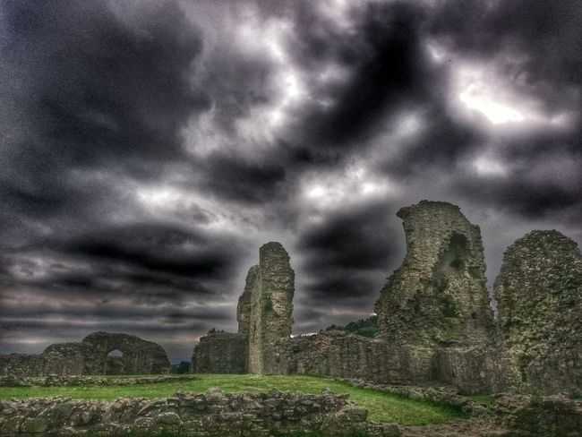 Cloud - Sky Storm Cloud Tranquil Scene Dramatic Sky Tourism History Atmospheric Mood Heritage Site Ruins Castle Castleporn Welsh Castle Welsh Castles Castle Walls Castle Ruin Historic Old But Awesome Old Architecture Stone Material Love This Place ♥_♥ Hello Darkness My Old Friend No People Historycalbuildings Welsh Castle Wales You Beauty