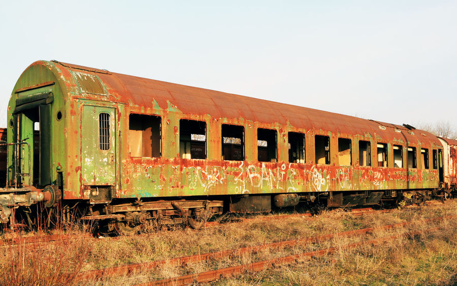 Canon Abandoned Abandonned Cabin Day Detail Industrial Industrial Landscapes Industrial Photography No People Old Outdoors Railway Railway Track Recycle Recycling Rust Rusty Train Train - Vehicle Train Station Transportation Wagon