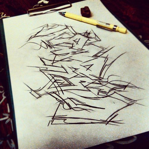 Parsa . . . Graffiti Graff Design awesome Drawing Streetart Pencil Eraser Paper Whit Black FreeTime Winner ! . . . @_quse