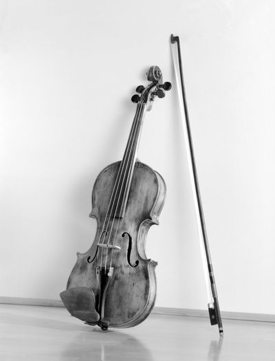 Arts Culture And Entertainment Black And White Classical Music Close-up Day Floor Indoors  M Music Musical Equipment Musical Instrument Musical Instrument String No People Violin Woodwind Instrument