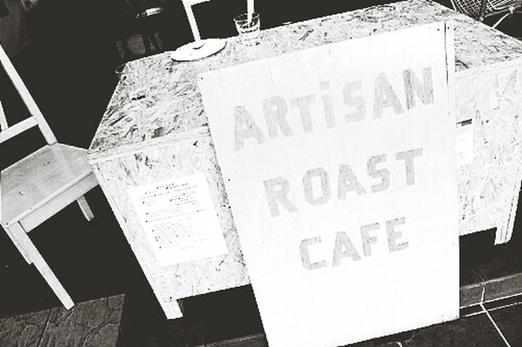 One of my Favorite Coffee Place to hang out. Coffee Shop Artisan Roast Hanging Out
