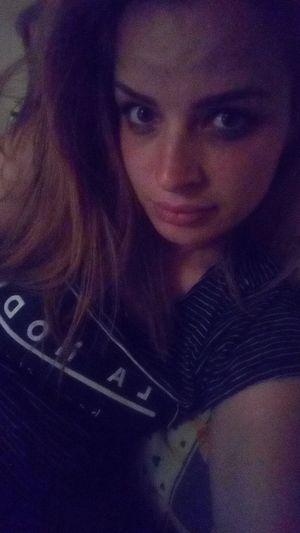 Kendin olmak en güzel şey sanırım .. Izmir Turkey Nilgunizbek Girl Women