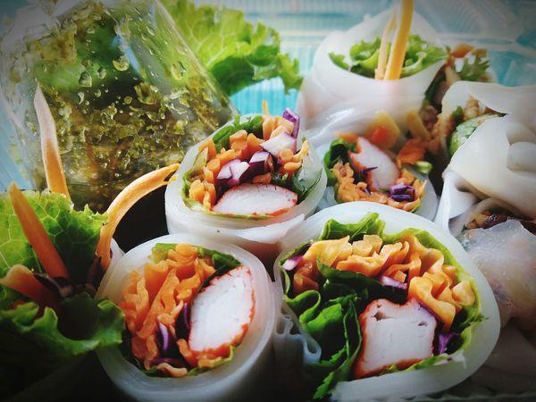อาหารไทย สลัด ผัก ก๋วยเตี๋ยวลุยสวน Close-up Food And Drink Noodles Thai Food Sushi