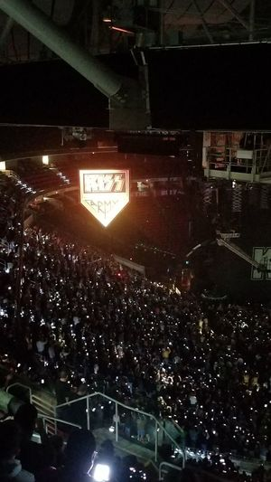 Kiss Kiss Army Music Concert Arena Cell Phones Glowing Phones Concert