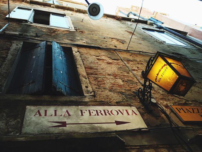 The Tourist Train Train Station Ferrovia Viaggio Venezia Meta Arriving Streetphotography Street Calle Italy Perdersi Romantic Giallo Where The Streets Have No Name Opposites Bivio Stazione Gondola Lampada Lampions Luce