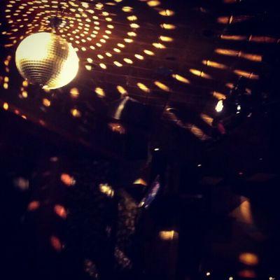 Excalibur Chicago Nightclub Bacheloretteparty Dancing Discoball Lights Fun
