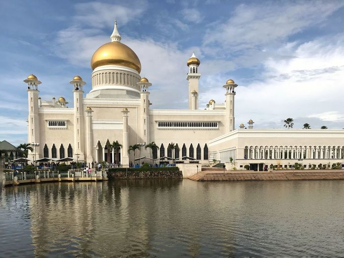 A beauty to behold...often considered as one of the most beautiful mosques in the Asia Pacific. Standing on an artificial lagoon with marble minarets and golden domes...truly a magnificent work of architecture! Brunei Mosque Photography Architecture Dome Built Structure Sky Architectural Column Building Exterior Cloud - Sky Travel Destinations History Day Water Outdoors No People Travel Travelphotography Travel Destination Travel Photography