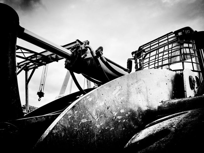 Heavy Equipment Abstract Abstracted Abstractions In BlackandWhite Black Blackandwhite Black And White Black & White Blackandwhite Photography Black And White Photography Black&white B&W Collection Fineart_photobw Artphotography Fineartphotography Monochrome Monochromatic Industrial Equipment Low Angle View Outdoors Sky Day No People