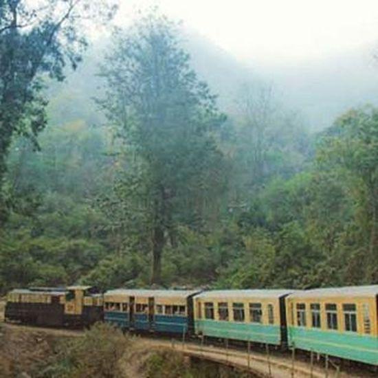 Kalka Shimla Heritage Railway Track. Kalka Shimla Toytrain Instahimachal Himachalpictures Travelshimla Kinnaurdiaries Queenofhillsshimla 😊😉😍😍😘