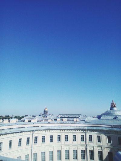 Sky Sankt-Petersburg City Art Film Summer Sculpture Architecture Bierd Draw Artist City Politics And Government Politics Government Blue Clear Sky History Sky Architecture Building Exterior