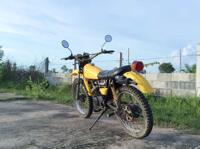 Day Motocross Motor Motor Vehicle Motorbike Motorbikes Motorcycle Motorcycle Photography Motorcyclepeople Motorcycles Motorsport Motorsports No People Old Old Motor  Old Motorbike Old Motorcycle Old Motorcycle Engine Old Motorcycles Outdoors Pictureoftheday Techno Technology Transport Transportation