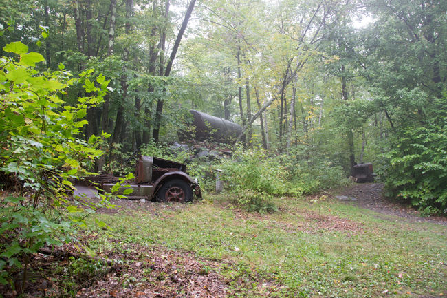 Abandoned Buildings Abandoned Places Abandoned Quarry Becket Quarry Truck Abandoned & Derelict Abandoned Equipment Old Truck Woods Trees Green