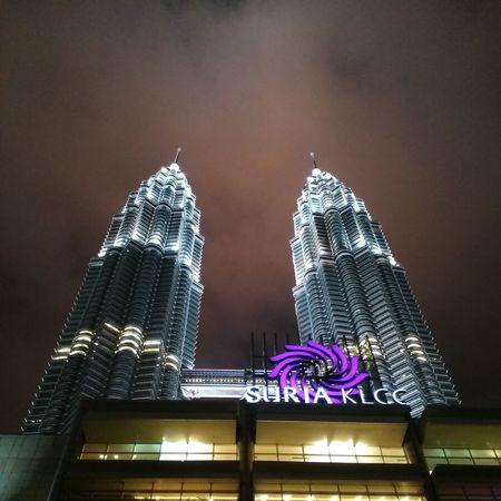 One of the best views in Kuala Lumpur Malaysia Iamalexchan Petronastwintowers #twintowers