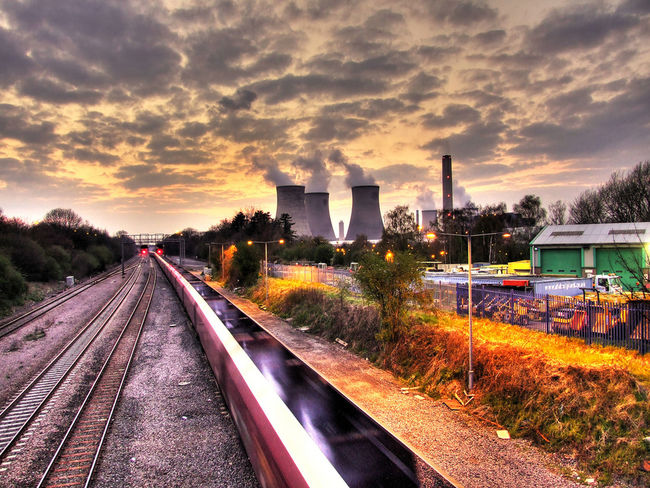 Didcot Polluted Polluting Pollution Pollution In My World Pollution? Power Station Power Stations Smoke Smoke Stack Where Clouds Are Made Where Clouds Come From  Colour Of Life Let's Go. Together. Neon Life Lost In The Landscape