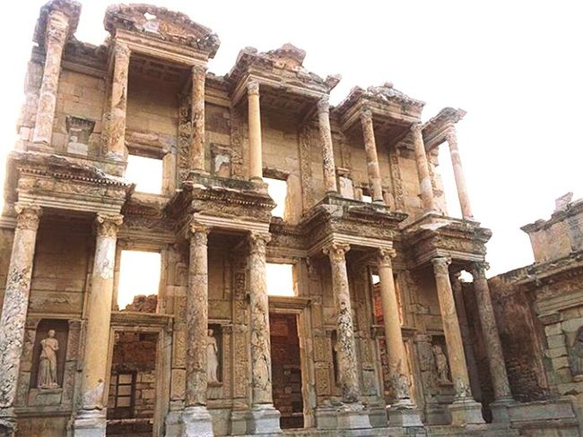 Hello World First Eyeem Photo Photooftheday HappySaturday My Life Beautiful Day Eye4photography  Eyeemphotography Relaxing Happiness Saturday Travel Travel Photography Ephesus Architecture Archeology Archeological Archeologicalsite Enjoying Life Life Ephesos Celcius Library Ancient Architecture EyeEm Best Shots