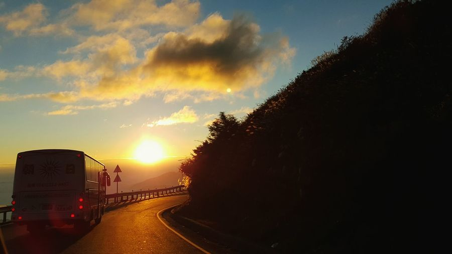 Taiwan Mountain Home Comebackhome Road Sunset Hehuanshan, Taiwan View From The Car Traveling Home For The Holidays