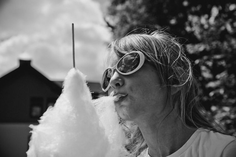 Black & White Black And White Photography Blackandwhite Day Eating Enjoying Life Eye4photography  EyeEm Gallery EyeEmNewHere Food Headshot Leisure Activity Lifestyles One Person Outdoors Portrait Real People Sunglasses The Street Photographer - 2017 EyeEm Awards The Portraitist - 2017 EyeEm Awards Visual Feast Summertime Summer Happiness♥ Happiness Place Of Heart Sommergefühle EyeEm Selects The Week On EyeEm Done That.