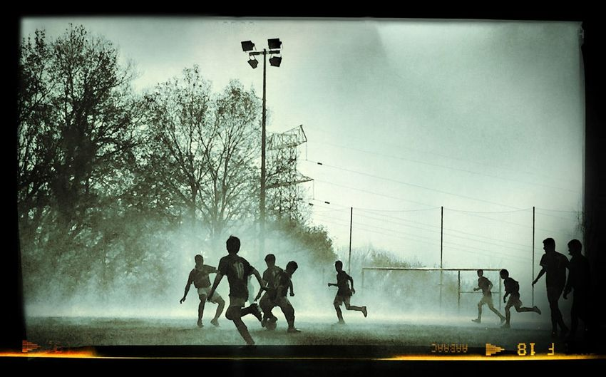 football in the fFutbolbLaurouNieblabFoggygFoggy DaydPeoplephotographypPeopleple Taking Photos Black & White The Street Photographer - 2014 EyeEm Awards