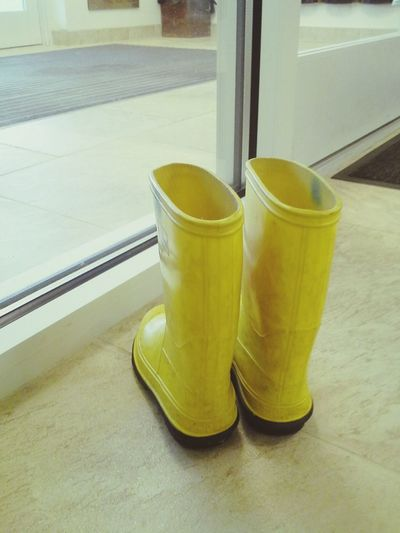 Lonely little boots. Boots Rainboots Lonely Rain Needlove
