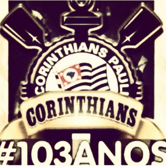 . Parabéns meu Timão... Parabéns e obrigado, obrigado por me trazer tantas alegrias, tantas emoções. Cada grito, cada lágrima, cada momento de ansiedade, cada gol sofrido aos 42, 43, 44, 45 minutos ... Afinal de contas ser Corintiano é sinônimo de ser ser sofrer, mas ser Corintiano é ser tem muito apaixonado por vc Sport Club Corinthians Paulista... Eu não lembro quando me tornei Corintiana, apenas sei que antes de ser Corintiana eu não existia. TE AMO MEU TIMÃO. Parabéns por esses 103Anos fazendo a alegria desse bando de loucos. Corinthians Timao Aniversario 103Anos Amor Bando Loucos