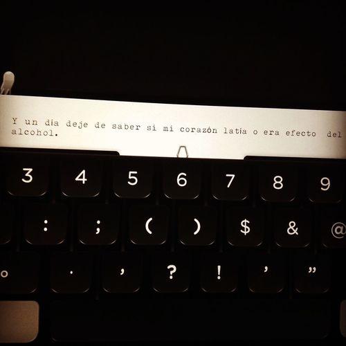 Escribiendo.