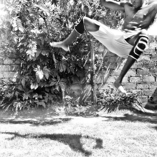Spinning heel kick there... Missed the landing though... Bum still hurts. Air Agressive Martialart Fit fitness streetworkouts badass me outdoors fitfam
