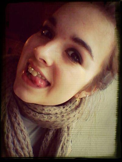 neue piercingsss :-). freu
