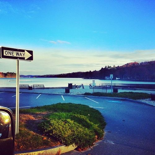 A drive-by pic from this morning Newburyharbor Newbury Newhampshire NH Lakesunapee 603 Newengland October Oneway