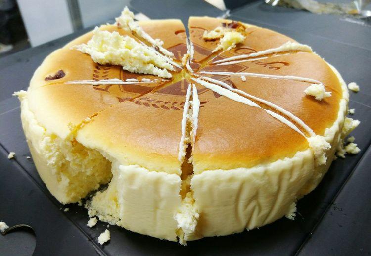被偷吃了~XDD MapleSugar Maplesyrup Cranberry Cheesecake メープルシロップ クランベリー チーズケーキ 메이플시럽 크랜베리 치즈케이크 CheeseDuke 起司蛋糕 楓糖蔓越莓乳酪蛋糕 起士公爵