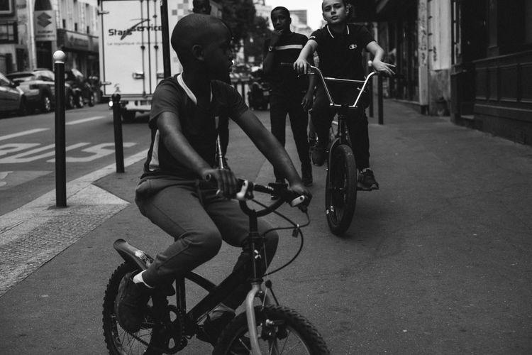 Paris 2017 35mm Colors EyeEm Best Shots Life Paris Blackandwhite Day Reportage Streetphotography Summer