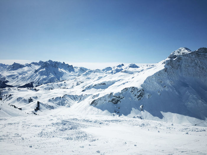 Beauty In Nature Mountain Nature No People Outdoors Ski Sky Snow Warth Winter