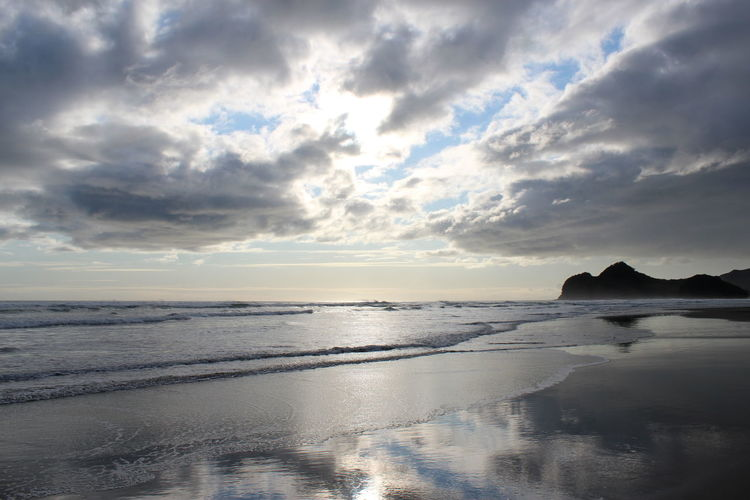 Peaceful Outlook Sky Water Cloud - Sky Sea Beauty In Nature Scenics - Nature Tranquility Tranquil Scene Reflection Beach Horizon Nature Horizon Over Water Sunset Land Outdoors Reflection Beachphotography Lifestyles Lifeisabeach