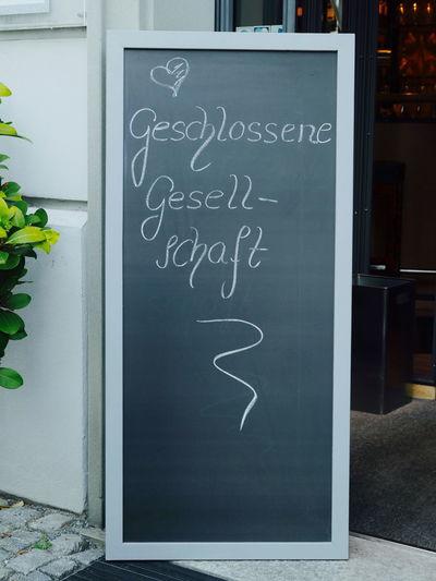 Blackboard  Challenge Close-up Communication Day Geschlossene Gesellschaft Indoors  No People Text