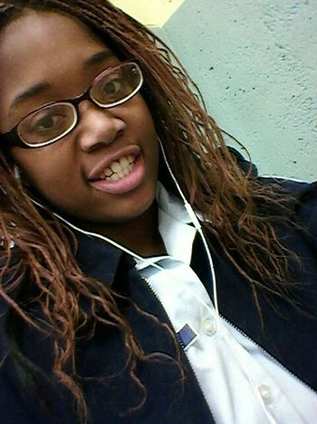 Me in class today . << Goodnight #DoubleTap :))