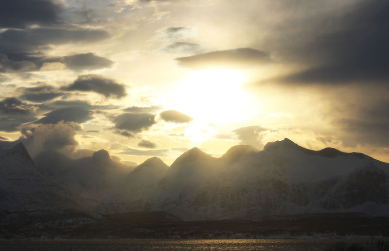 Sun behind the mountain Sky Mountain Beauty In Nature Cloud - Sky Scenics - Nature Tranquility Tranquil Scene Mountain Range Sunset Nature Sun Sunlight No People Idyllic Sunbeam Environment Non-urban Scene Landscape Water Outdoors Bright Mountain Peak Snowcapped Mountain Bodø Norway🇳🇴