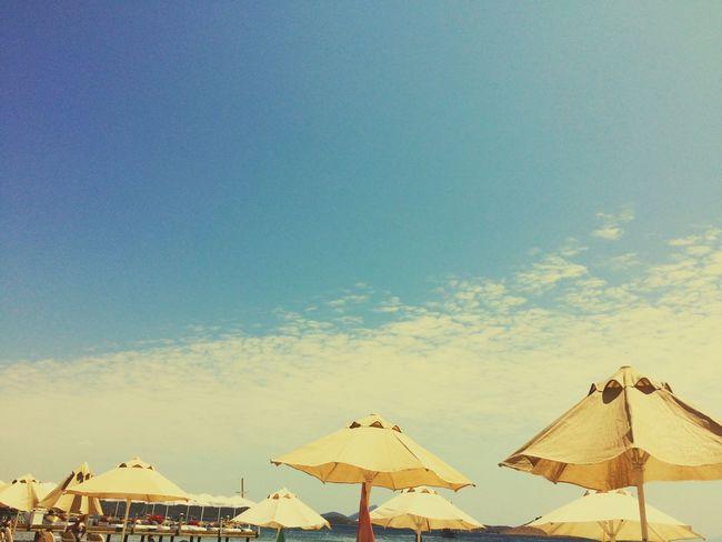 beachphotography Summer ☀ Summer2016 Holiday Summer #summertime #sun #TagsForLikes.com #hot #sunny #warm #fun #beautiful #sky #clearskys #season #seasons #instagood #instasummer #photooftheday #nature #TFLers #clearsky #bluesky #vacationtime #weather #summerweather #sunshine #summertimeshine . Eyembest Eyem Gallery