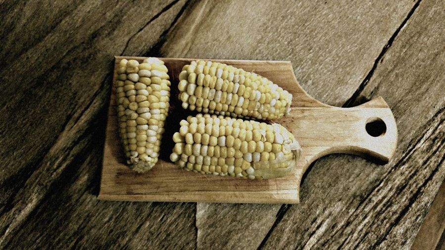 Corn on the cob Healthy Eating Corn Food And Drink Food High Angle View Vegetable Close-up Corn On The Cob Freshness Table Better Eating Better Living GMO