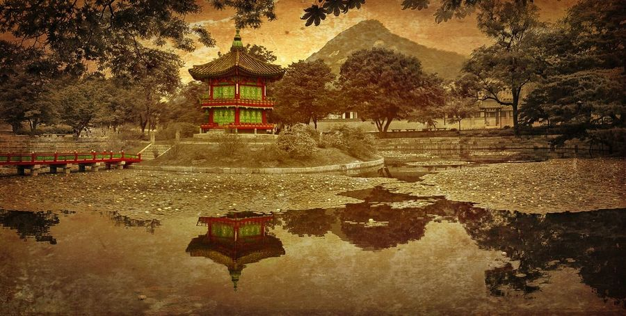 Time To Reflect Hyangweonjeon Pavilion, Gyeongbokgung Palace, Seoul NEM Painterly IPhoneArtism The EyeEm Facebook Cover Challenge IPSPaint IPSLandscape Asian Culture The Traveler - 2015 EyeEm Awards IPSScenery Cityscapes IPS2015Water