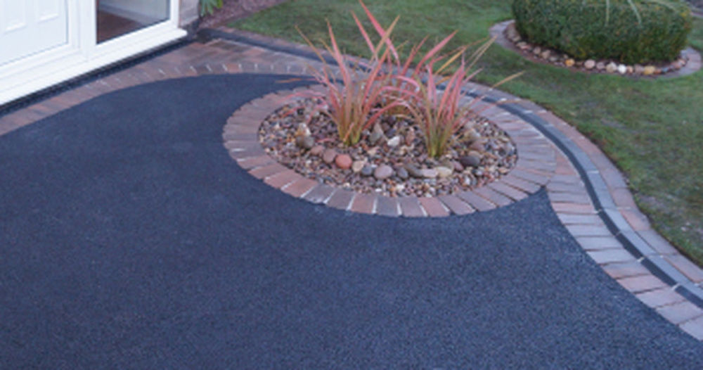 Tarmac Driveways Manchester http://jp-surfacing.co.uk