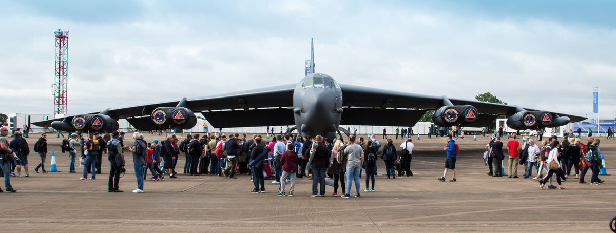Aircraft Airshow B-52 Bomber International Air Tattoo Large Group Of People Military Airplane Miltary Royal International Air Tattoo Stratofortress USAF Warplane