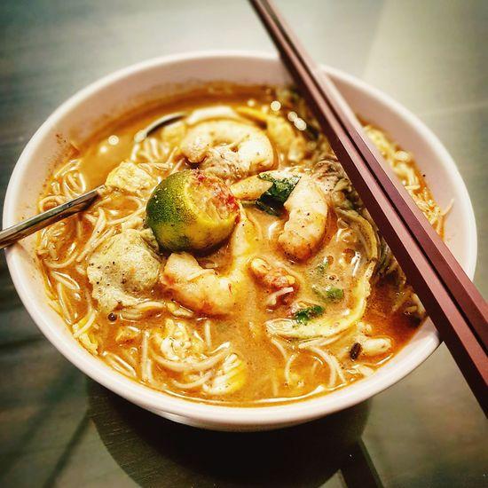 Sarawak signature dish... Sarawak Laksa! Foodphotography Foodporn Foodgasm Foodie Foodpics Sarawak Food Sarawak Laksa EyeEm Selects Bowl Soup High Angle View Close-up Noodles