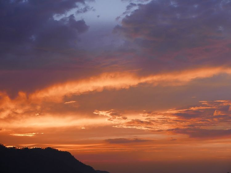 'We have never grown tired of each other, the mountains and I'- Li-Po Mountains Red Sky Sunset Evening Sky EyeEm EyeEm Best Shots EyeEm Nature Lover OpenEdit Nature On Your Doorstep Leica D-lux Typ109 at home in Himachal, India