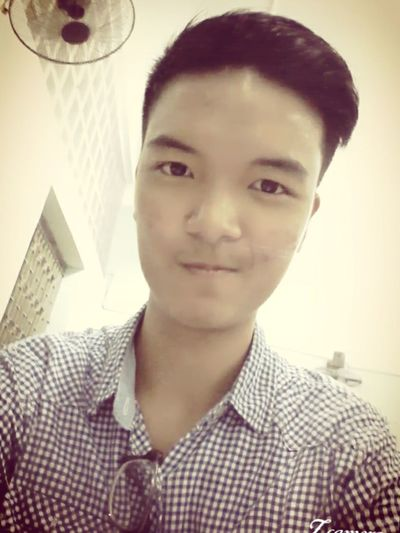 Extra time at school to study =))) Sotired Butfun Studying
